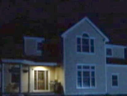 VIDEO: Wife calls 911 to report home invasion ? but was it all an act?