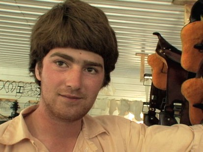"""VIDEO: Harley, 21, explains decision to return to Amish: """"Life without family sucks."""""""