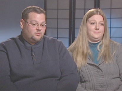 VIDEO: Carrie and Ryan Emmons recount night she gave surprise birth to son in bathtub.