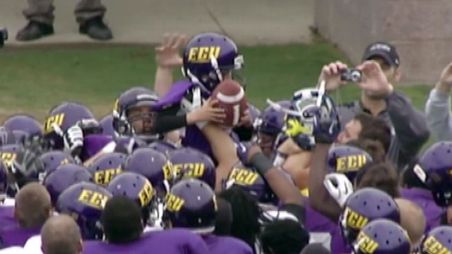 VIDEO: 8-Year-Old With Neurofibromatosis Scores TD for East Carolina