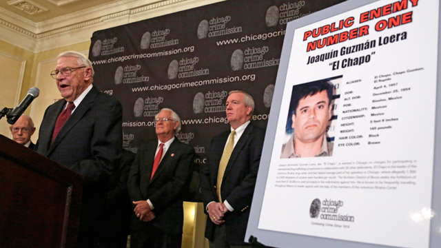 "PHOTO: Art Bilek, Executive Vice President of the Chicago Crime Commission, left, announces that Joaquin ""El Chapo Guzman, a drug kingpin in Mexico, is Chicagos Public Enemy No. 1. during a news conference Thursday, Feb. 14 in Chicago."