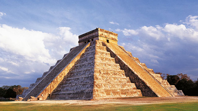 PHOTO:Kukulkan, Chichen Itza, Yucatan, Mexico
