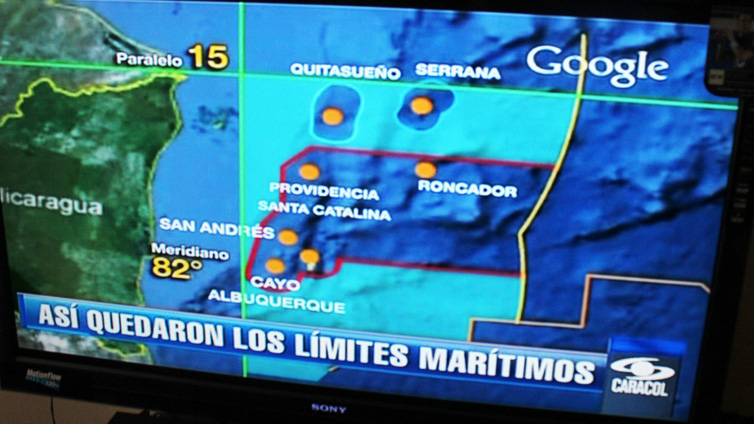 PHOTO:For decades Colombia administered all of the are to the right of the 82nd meridian and to the south of parralel 15th. A decision by the International Court of Justice grants to Nicaragua all of the areas in light blue. [map by Caracol Noticias]