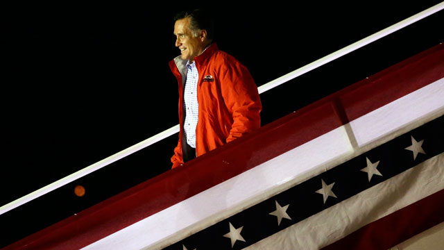 PHOTO:Republican presidential candidate and former Massachusetts Gov. Mitt Romney steps off his campaign plane in Weyers Cave, Va., Sunday, Oct. 7, 2012.