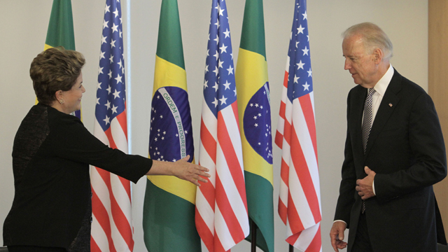 PHOTO: U.S. Vice President Joe Biden, right, arrives for a photo opportunity with Brazil?s President Dilma Rousseff at the Planalto presidential palace in Brasilia, Friday, May 31, 2013.