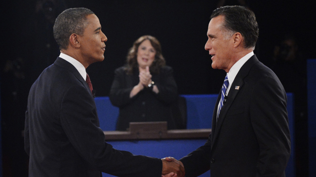 PHOTO: Moderator Candy Crowley, center, applauds as President Barack Obama, right, shakes hands with Republican presidential nominee Mitt Romney during the second presidential debate at Hofstra University, Tuesday, Oct. 16, 2012, in Hempstead, N.Y.