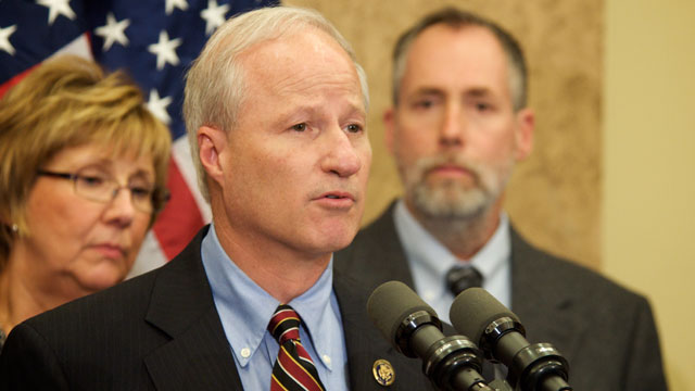 PHOTO: Rep. Mike Coffman (R-Colo.) speaks at a press conference on Oct. 22, 2009.