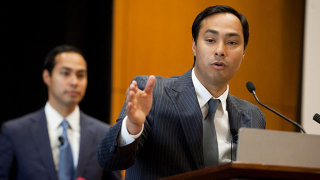 PHOTO: Texas State Rep. Joaquín Castro of San Antonio introduced his brother, San Antonio Mayor Julián Castro, at The Texas Tribune Festival on Sept. 24, 2011.