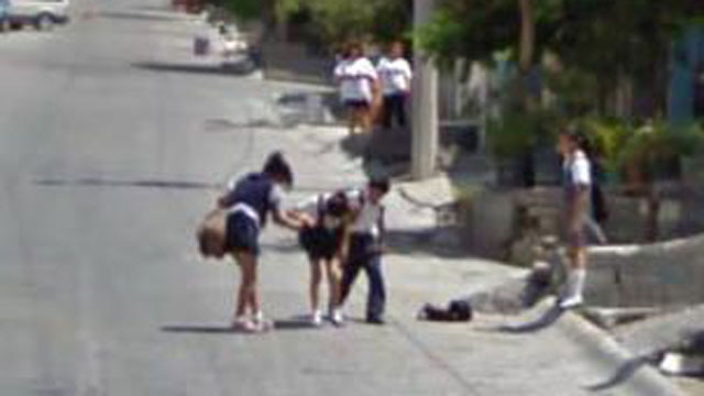 PHOTO:A girl takes a tumble in Mexico