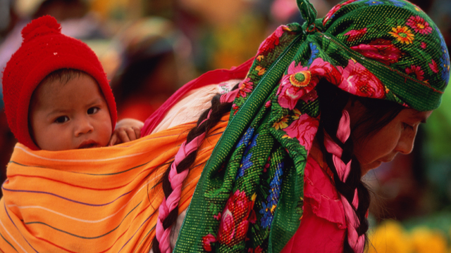 PHOTO:At Sunday market, Zapotec Indians from the state of Oaxaca in Mexico bring crafts and produce to sell.