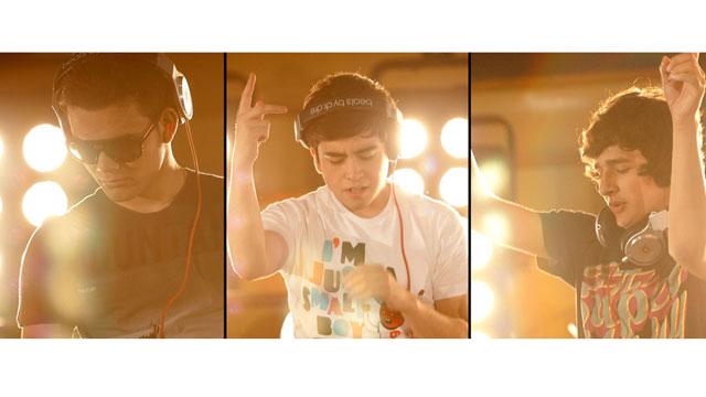 PHOTO:DJ trio 3BallMTY