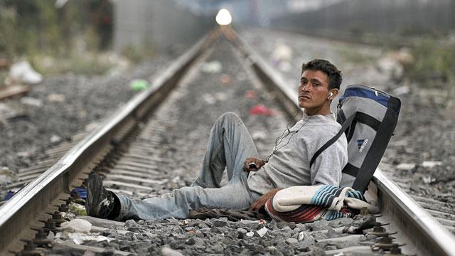 PHOTO:migrant