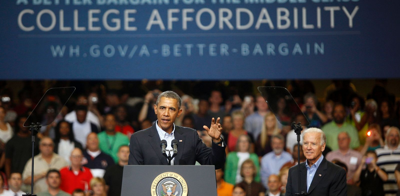 PHOTO: U.S. President Barack Obama speaks at an event at Lackawanna College on August 23, 2013 in Scranton, Pennsylvania. Obama is on his second day of a bus tour of New York and Pennsylvania to discuss his plan to make college more affordable.