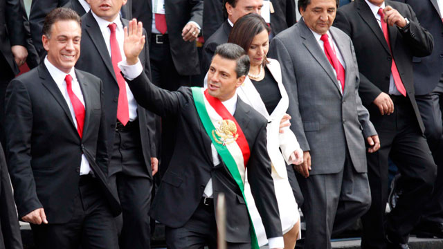 PHOTO:  Mexican President Elect Enrique Pena Nieto Takes Office