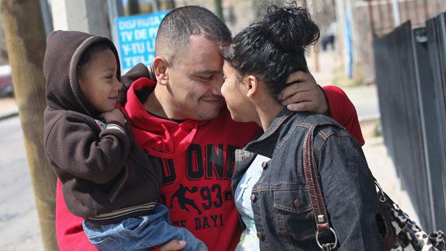 PHOTO:family