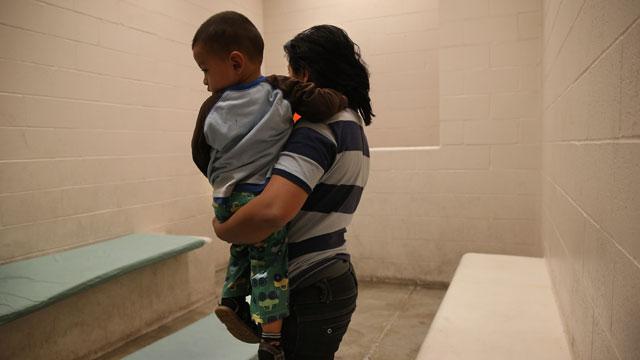 PHOTO:detention