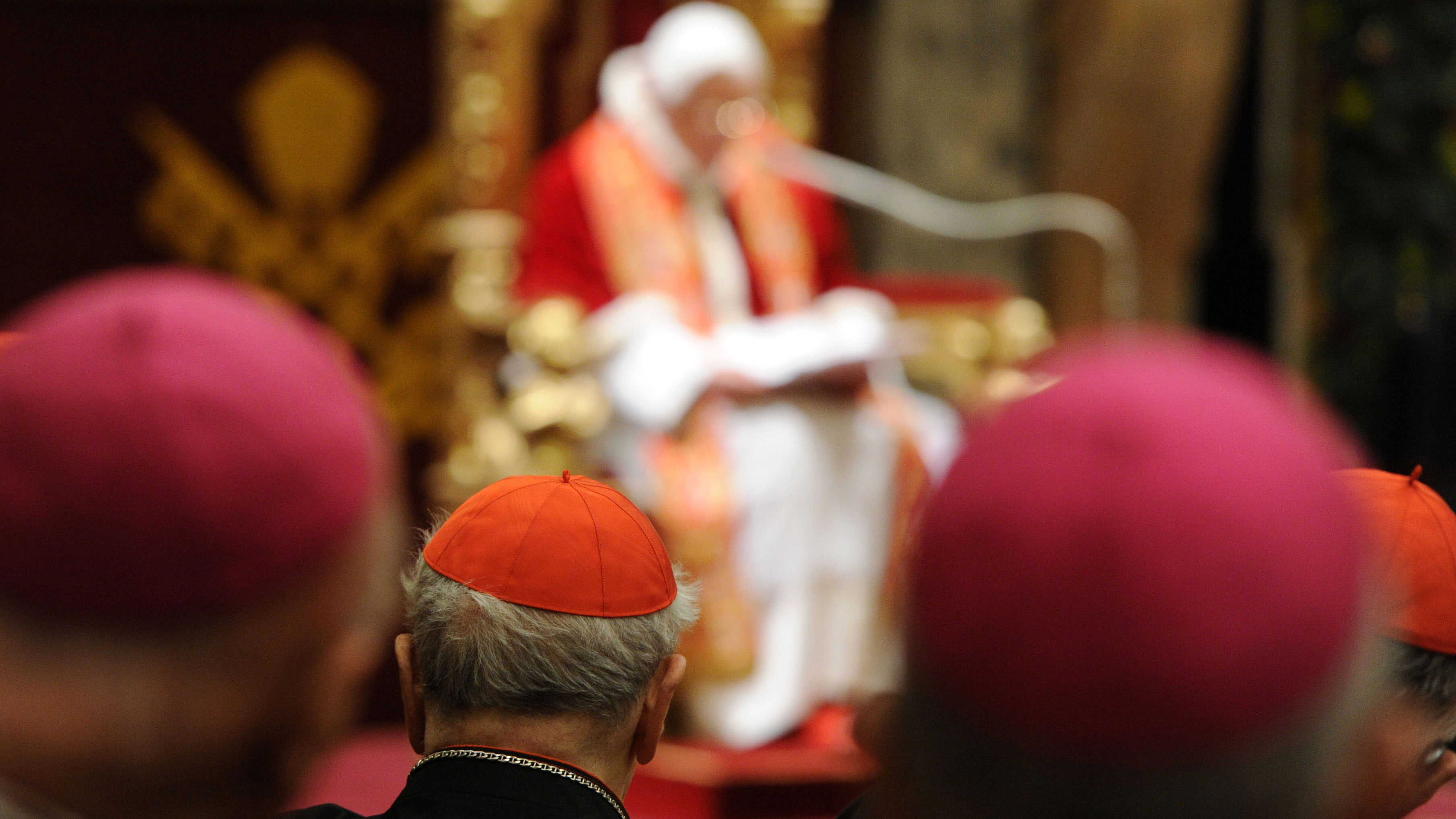 PHOTO:Here, the Pope is shown receiving the Roman Curia.