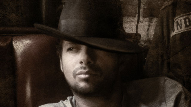 "PHOTO:  After a bout with cancer, singer Draco Rosa is back with new album ""Vida."""