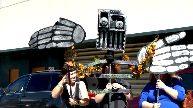 PHOTO: One of the many puppets made for Ft. Lauderdales Day of the Dead procession.