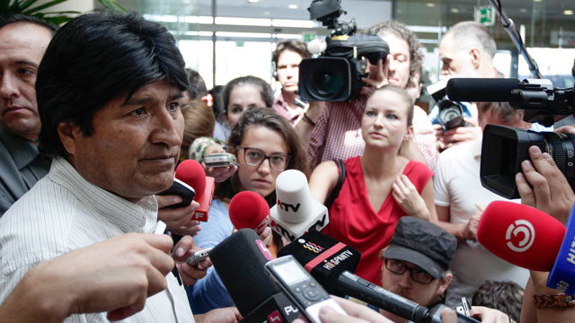 PHOTO:Bolivian President Evo Morales holds a press conference at the Vienna International Airport on July 3, 2013.