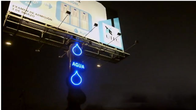 PHOTO:Billboard filters air humidity providing drinking water for residents in Lima, Peru.