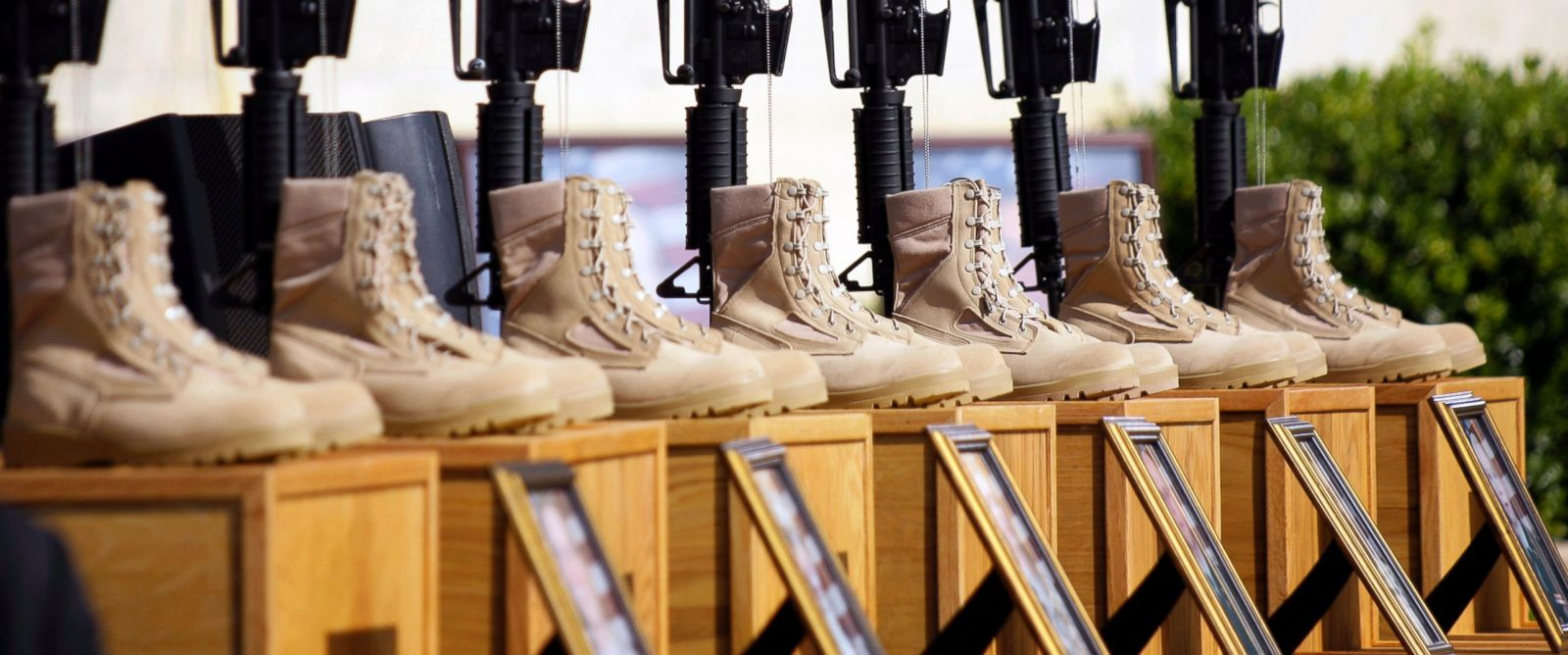 PHOTO: A memorial to victims of the Fort Hood shooting is shown before the start of a memorial service, Nov. 10, 2009, at Fort Hood, Texas.