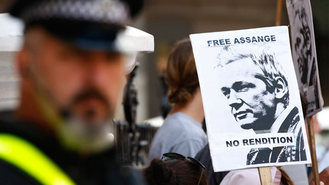 PHOTO: Julian Assange supporters protest outside Ecuadoran embassy in London