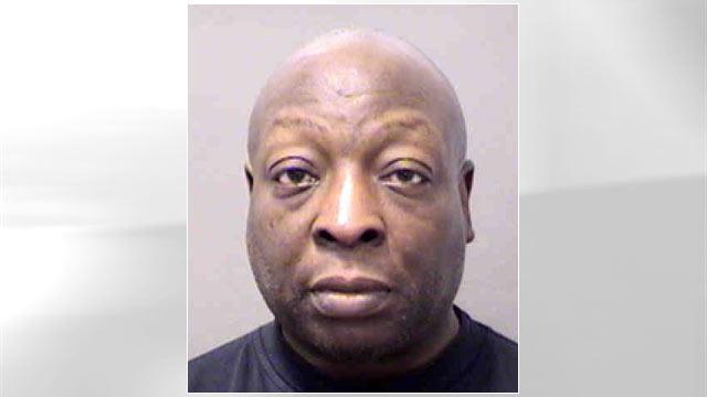 PHOTO: Reggie Dewain Edwards was arrested, Jan. 4, 2013, for Larceny.