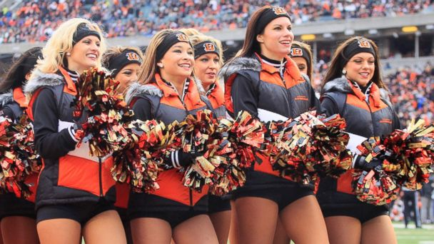 PHOTO: Cincinnati Bengals cheerleaders perform during the second half of an NFL football game against the Baltimore Ravens, Dec. 29, 2013, in Cincinnati.