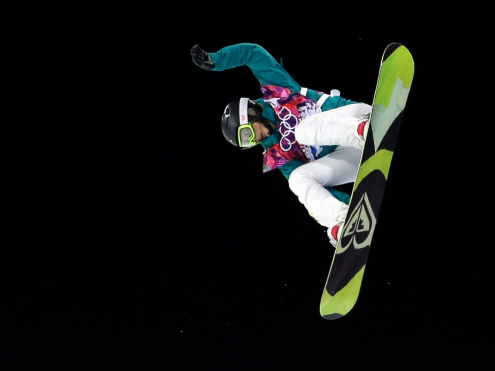 PHOTO: Australias Torah Bright competes on her way to win the silver medal in the womens snowboard, at the Rosa Khutor Extreme Park, at the 2014 Winter Olympics, Feb. 12, 2014, in Krasnaya Polyana, Russia.