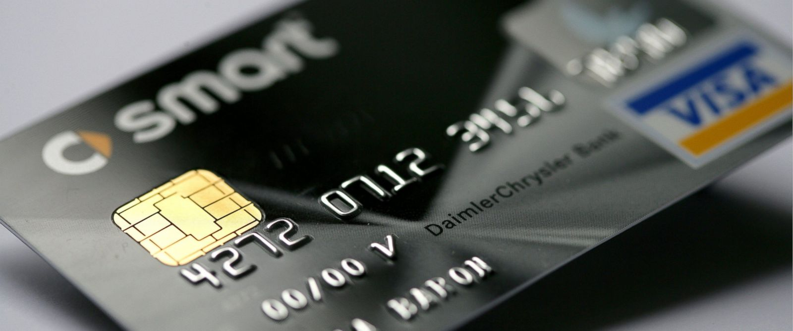 PHOTO: Credit card Smart Card Visa of the DaimlerChrysler Bank with EMV Chip, which substitutes the magnetic strip.