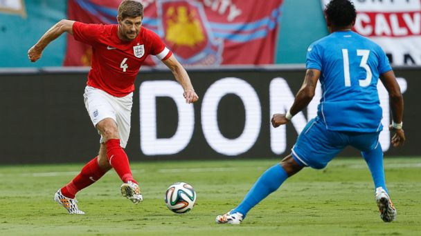 PHOTO: Steven Gerrard of England