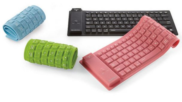 PHOTO: Bluetooth Wireless Roll-Up Keyboard for iPad Tablet