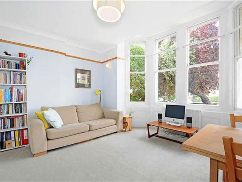 PHOTO: One-bedroom flat in London.