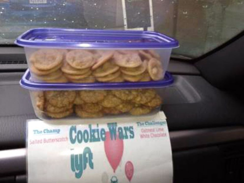 PHOTO: Cookie Wars Lyft or Chris Briggs is a creative ride-share Lyft driver in northern California