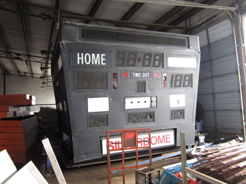 PHOTO: A scorebord at the Silverdome in Pontiac, Mich.