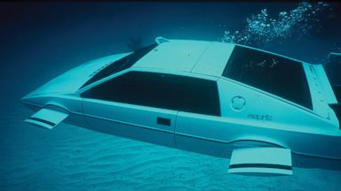 PHOTO: The highest bid for James Bonds Lotus Esprit submarine car, auctioned by RM Auctions on Sept. 9, 2013 is $967,120, including a buyers premium of 12 percent.