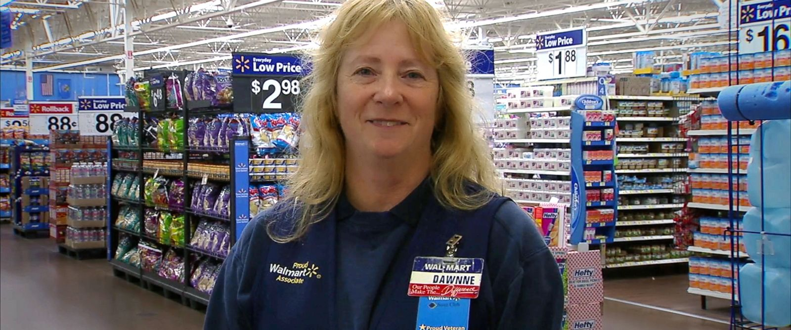 PHOTO: Dawnne Sulaitis, 54, said she organized a food drive for co-workers at a Walmart store in Oklahoma.