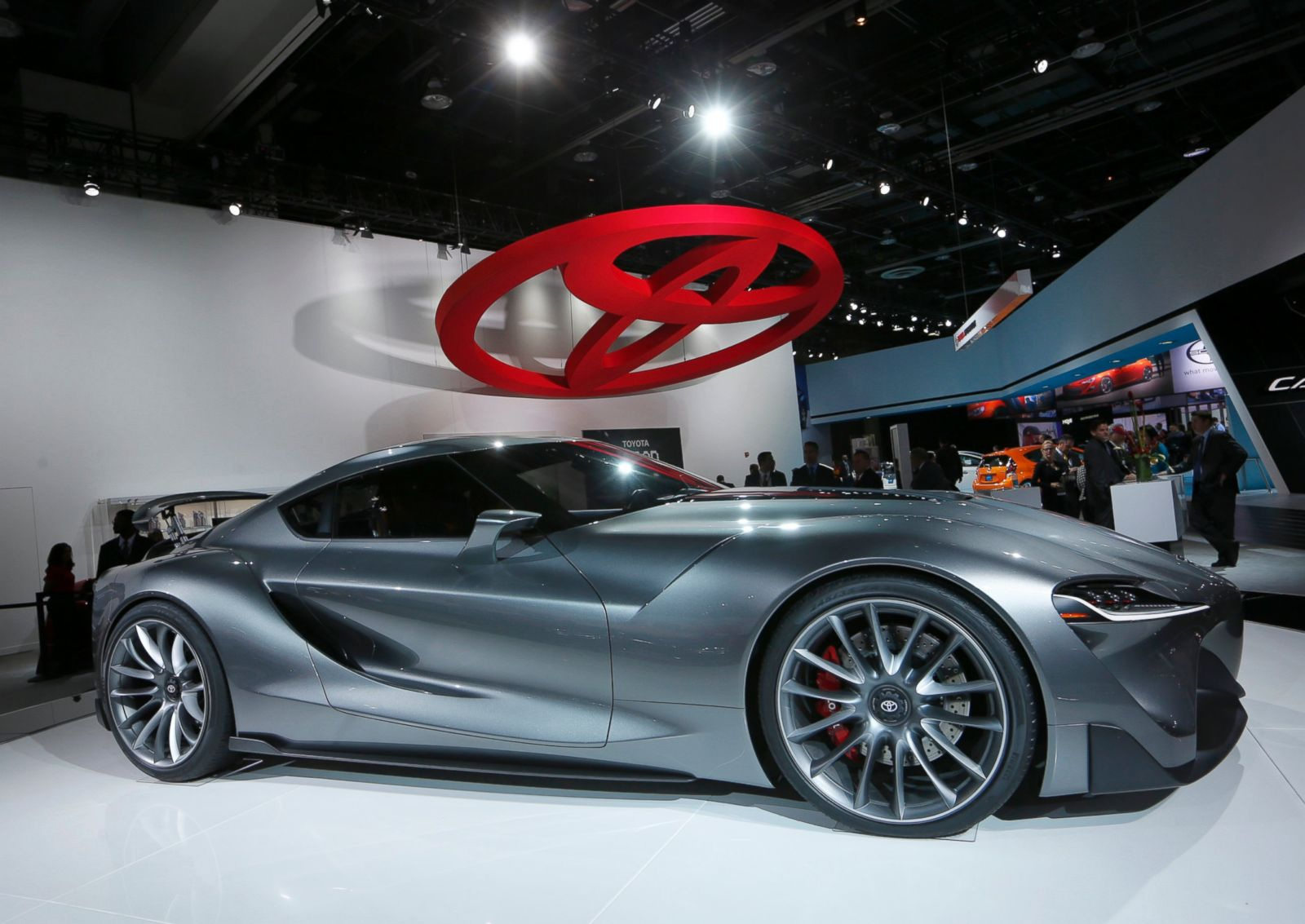 La Auto Gallery Car Show