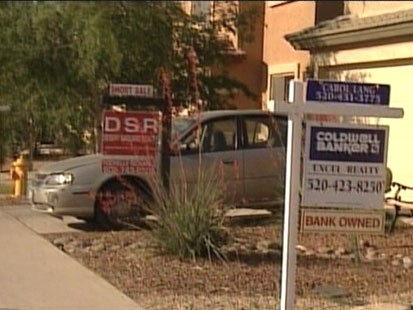 VIDEO: The president is in Phoenix to unveil a plan to stop the flood of foreclosures.