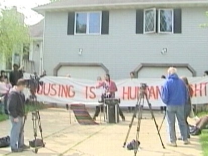 Video: Squatters take over vacant home in Wisconsin.