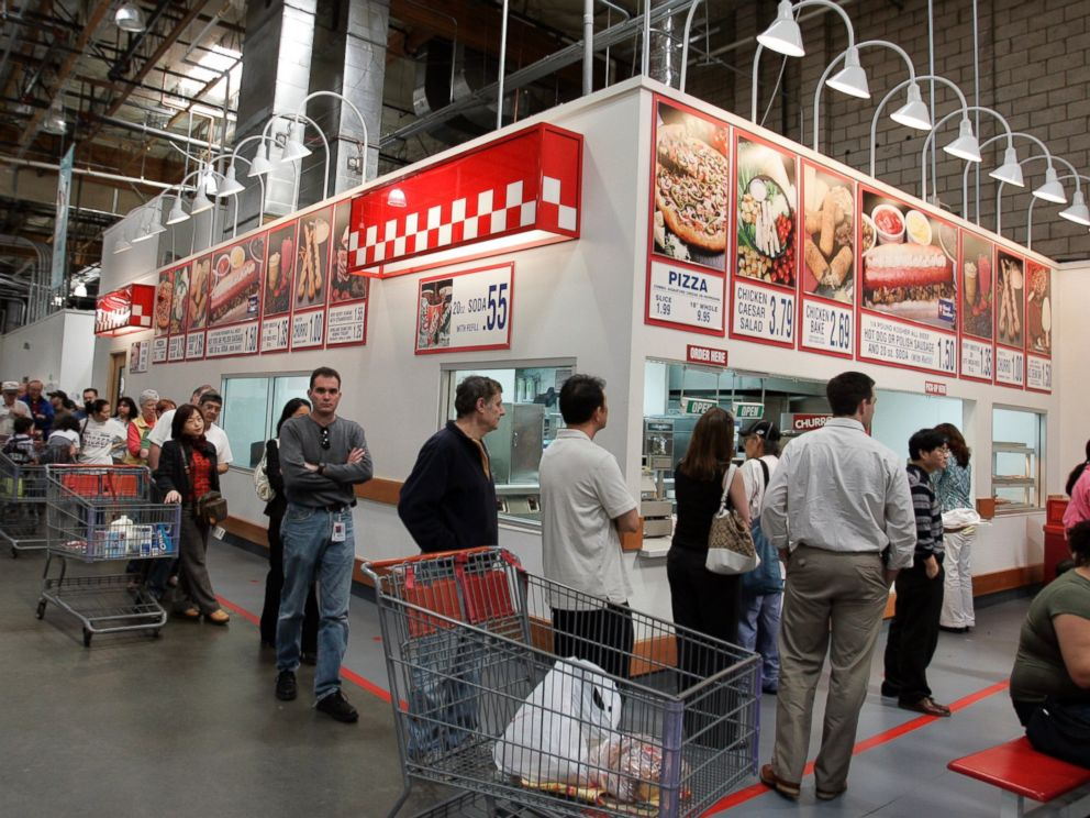 PHOTO: Costco warehouse customers wait in a long line during lunchtime for hot dogs, pizza, and drinks at a Costco store in Mountain View, Calif. on March 6, 2007.
