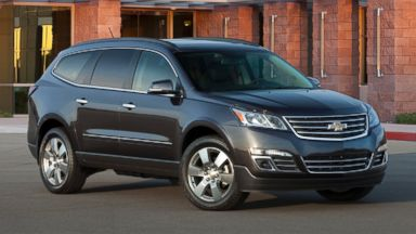 PHOTO: General Motors on Thursday, Oct. 8, said it is recalling nearly 32,000 Buick Enclave, Chevrolet Traverse and GMC Acadia SUVs from the 2016 model year because an electrical short could cause the wiper motor to catch fire.