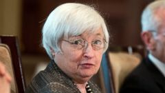 PHOTO: In this July 20, 2015, file photo, Federal Reserve Chair Janet Yellen presides over a meeting in Washington.