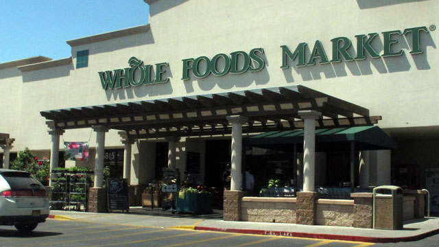 PHOTO: A Whole Foods Market in Albuquerque, N.M. is shown, June 6, 2013, during lunch time.