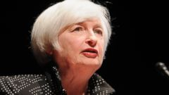 PHOTO: Federal Reserve Chair Janet Yellen speaks at the University of Massachusetts, Sept. 24, 2015, in Amherst, Mass.