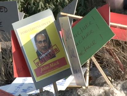 NACA Protest at Banking Execs Homes