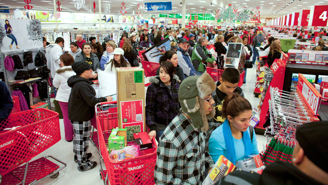 PHOTO: Getting Ready For Black Friday