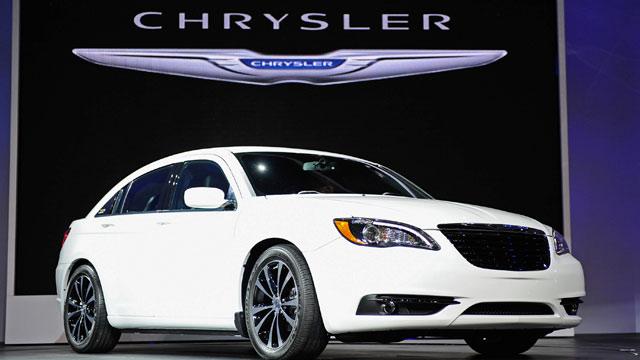 PHOTO: Chrysler 200 sedan