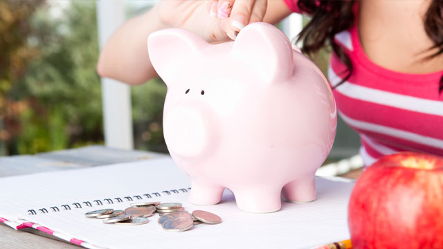 PHOTO: Only a small percentage of families are investing in 529 college savings plans.